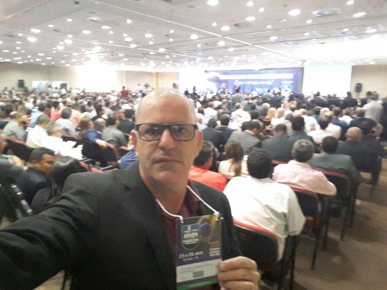 Vereador Luiz Castilho participa da Marcha dos Vereadores 2018