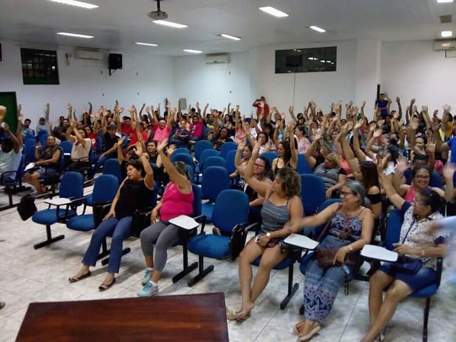 Professores da Rede Municipal de Parauapebas estão a um passo da greve
