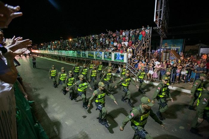 Curionópolis realiza maior desfile cívico da região