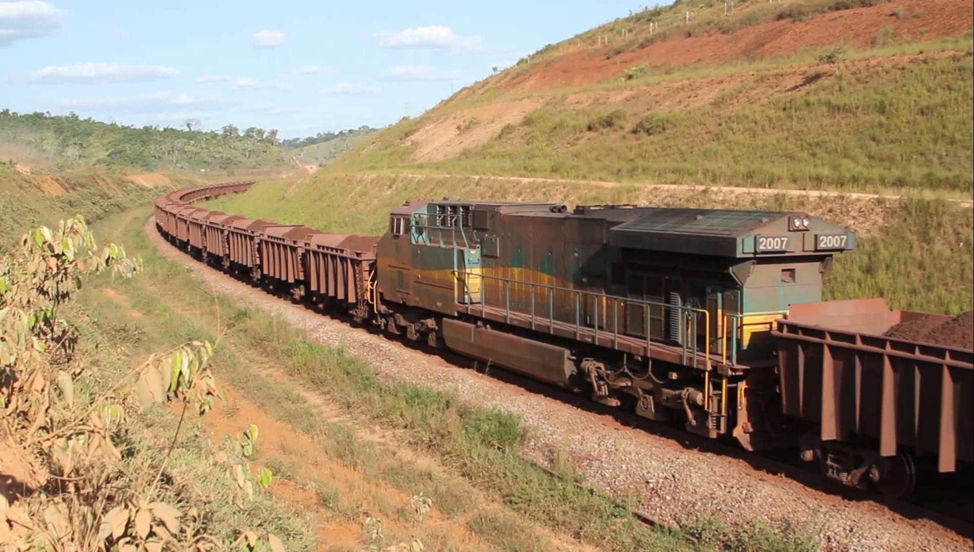 Trem já levou R$ 16 bilhões em ferro este ano; região amarga desemprego