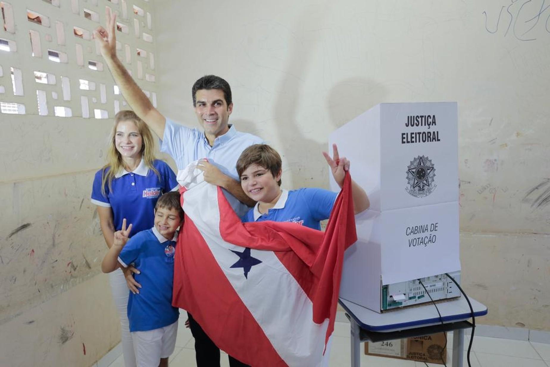 Helder Barbalho é eleito governador do Pará