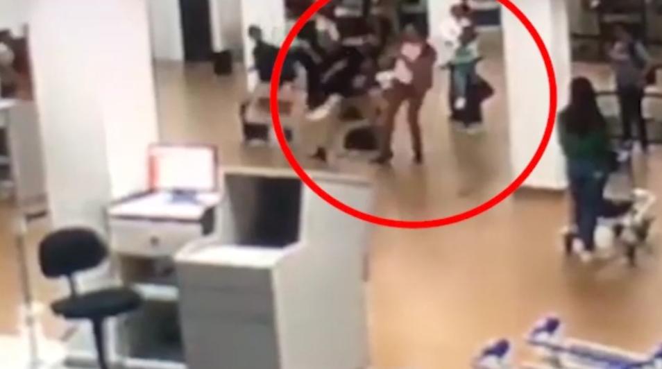 Diplomatas brasileiros trocam tapas e socos em aeroporto