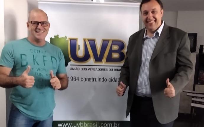 Presidente da Câmara de Parauapebas visita a sede da UVB em Brasília