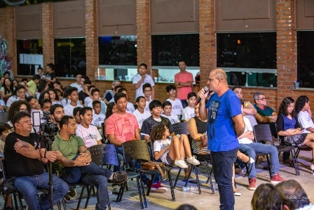 Luiz Castilho prestigia apresentação da nova turma de Escola Municipal de Música