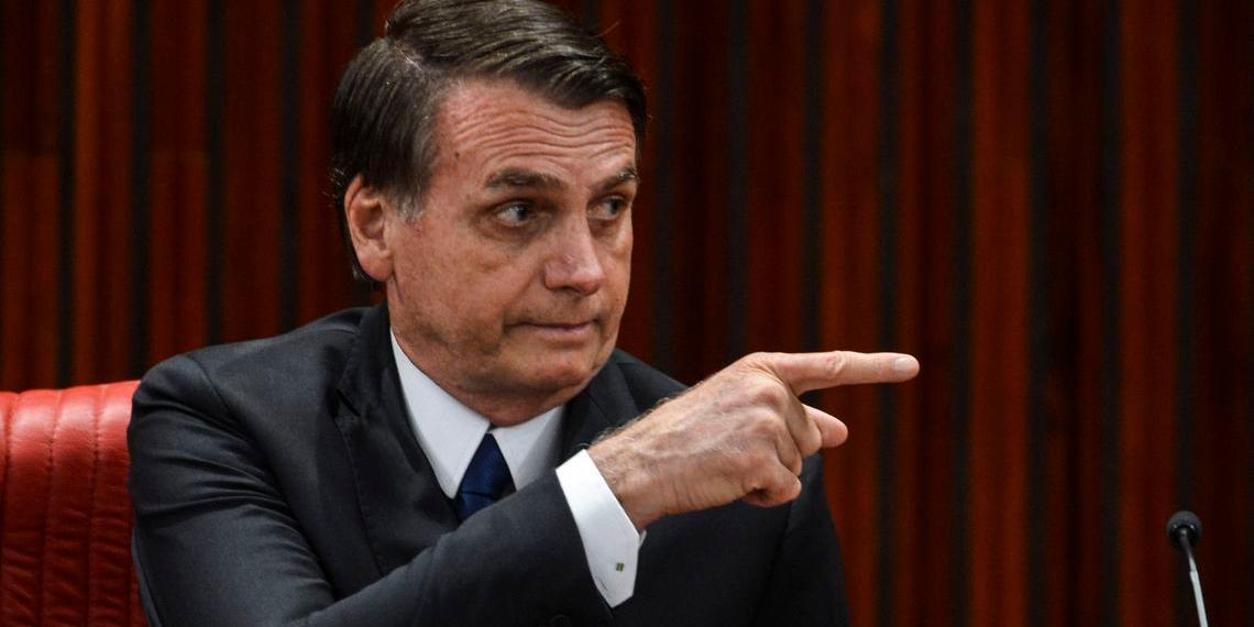Vídeo obsceno publicado por Bolsonaro sobre carnaval causa polêmica nas redes