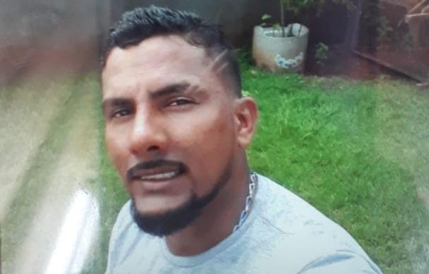 Identificado homem que morreu carbonizado dentro do carro no bairro Cidade Jardim
