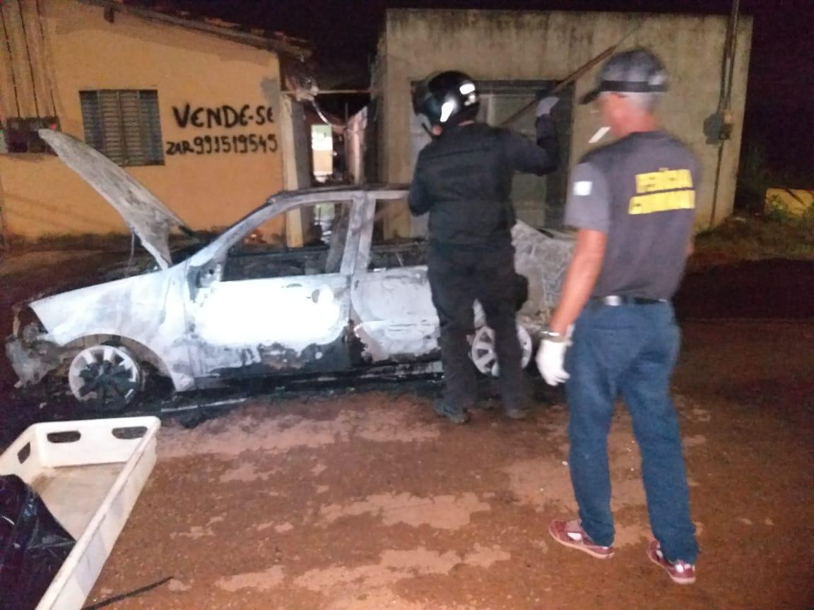 Em Parauapebas, uma pessoa morre carbonizada dentro do carro no Sábado de Aleluia