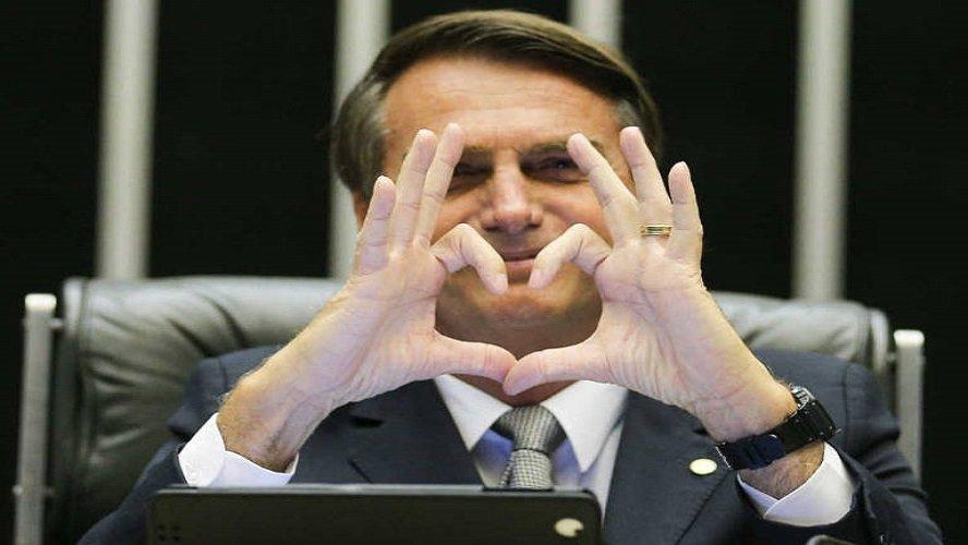 Bolsonaro ganha título de cidadão de Belém e do Pará