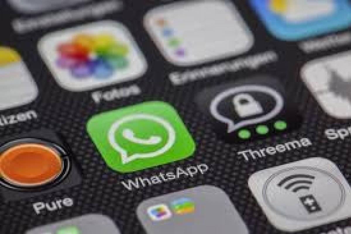 Novo golpe no WhatsApp promete benefício do PIS