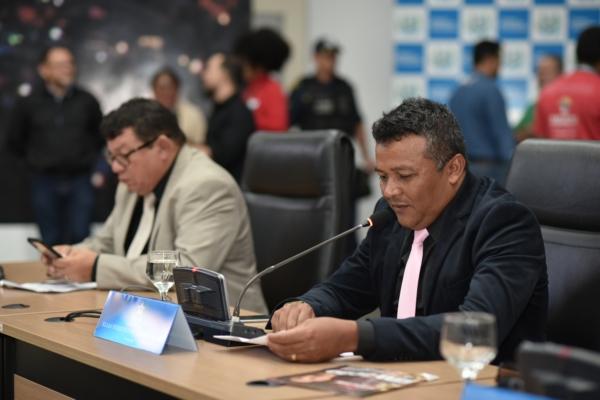 Vereadores prorrogam trabalhos da CPI da Celpa