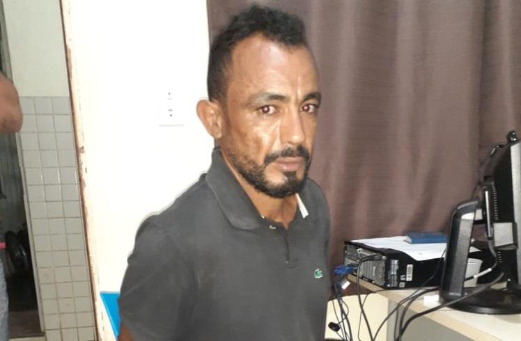 Autor de homicídio em 2018 é preso na rotatória do Bairro Tropical