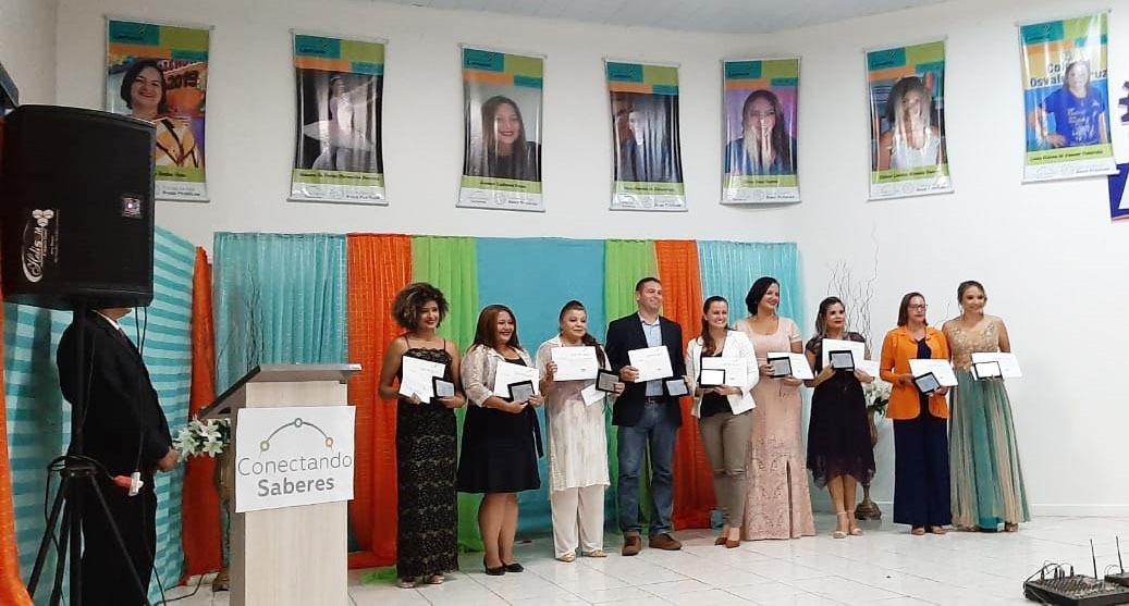 Educadoras de Parauapebas são premiadas por boas práticas em Tucuruí/PA