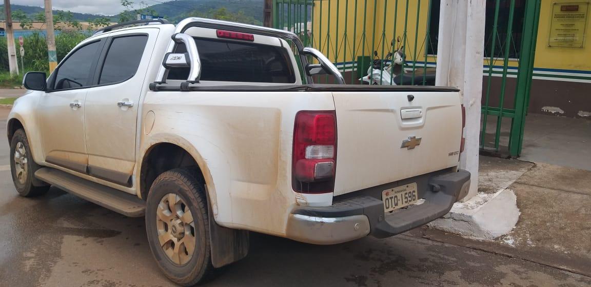 Em Parauapebas, bandidos fazem família refém, roubam veículos e são presos