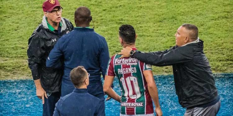 Ganso xinga Oswaldo de Oliveira ao ser substituído: 'Burro pra ca***'