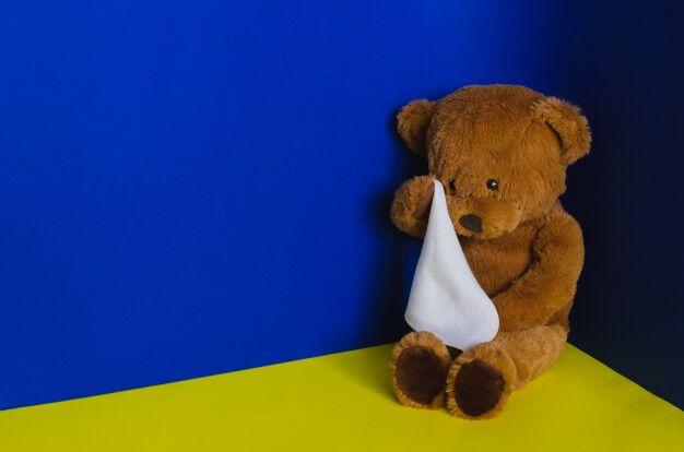 Criança de 3 anos é espancada até a morte pelo padrasto por urinar na cama